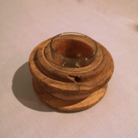 waxinelicht-van-oude-spoel-met-glas-1