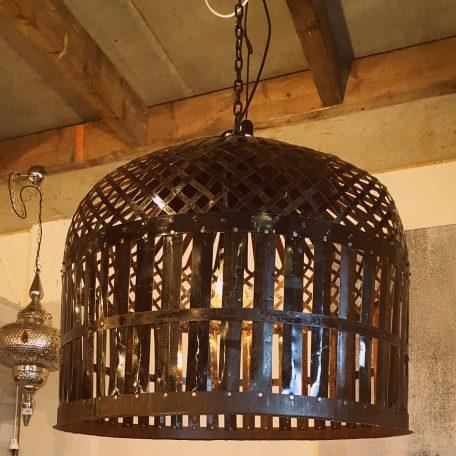 Lamp van Indiase kippenren (3)