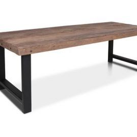 Robuuste-tafel-in-4-maten