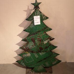 Kerstboom-groot-gerecycled-metaal