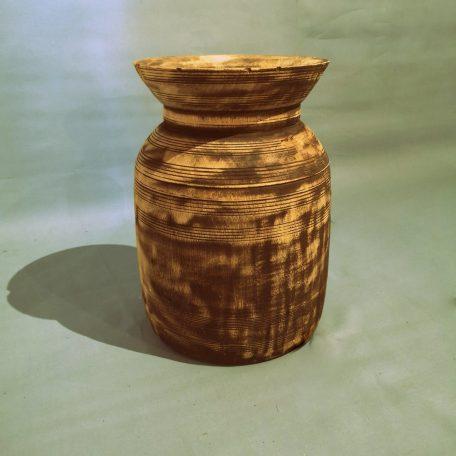 Nepalese-vaas-hout
