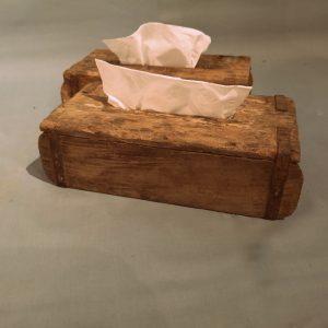 Tissuehouder-van-oude-steenmal