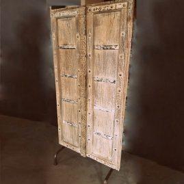 deur op standaard neutraal