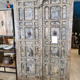 Kast-groot-poortdeuren