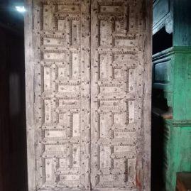 Indiakast-poortdeuren-229x124x43cm-1595